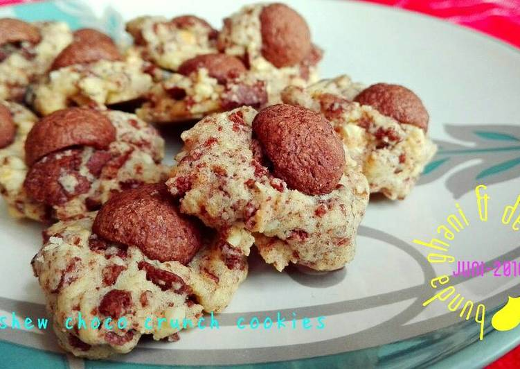 Cashew Choco Crunch Cookies