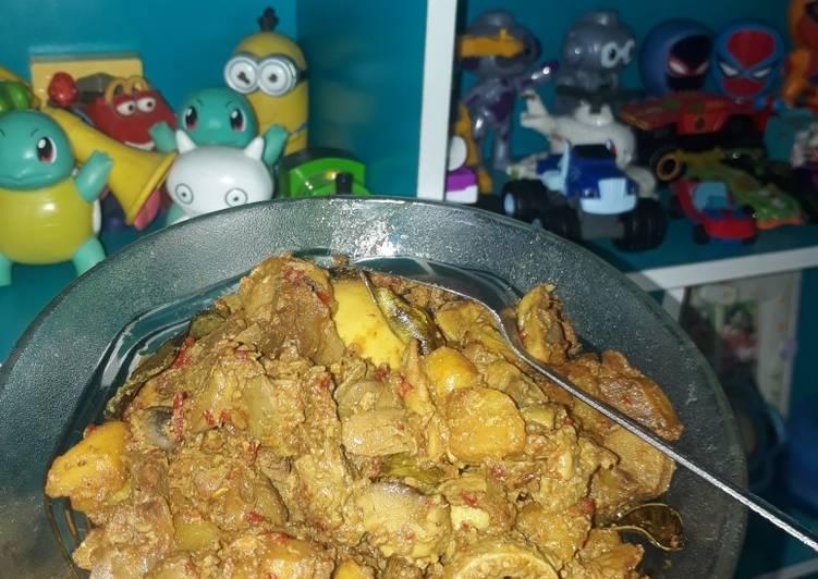 Sambel goreng ati kentang