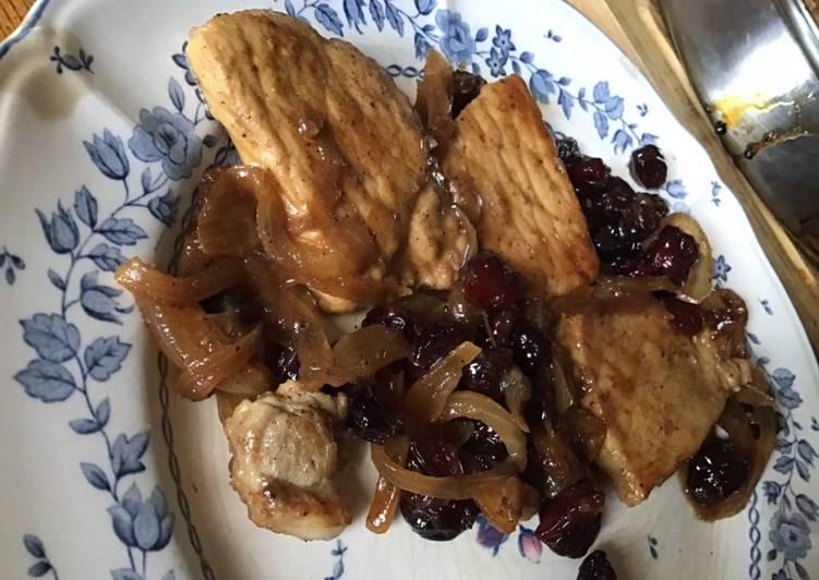 Médaillons de porc sauce cannelle raisins et cranberries