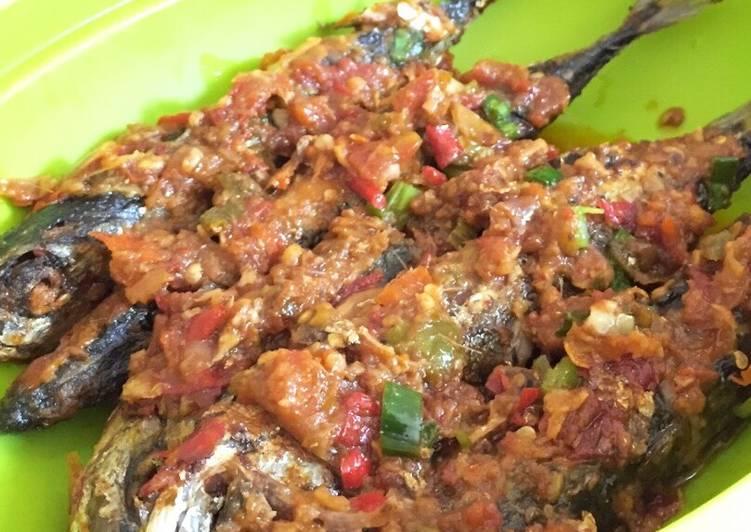 Resep Ikan Makarel Pedas Oleh Nurilp Cookpad