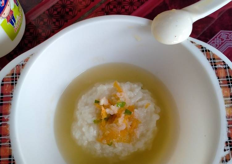 Nasi lembek dan sup wortel udang Mpasi 8M25D