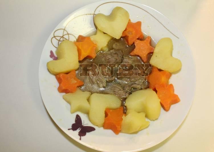 Du boeuf au pomme de terre et à la carotte