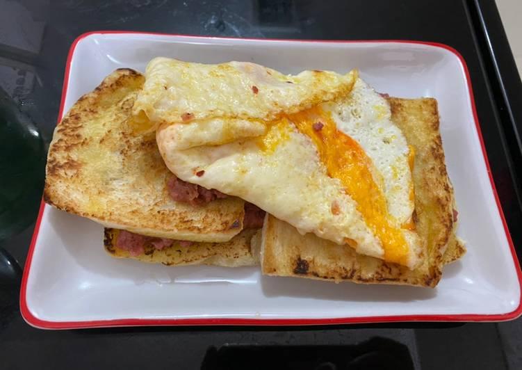 Midnight Snack : Roti Kornet Telur
