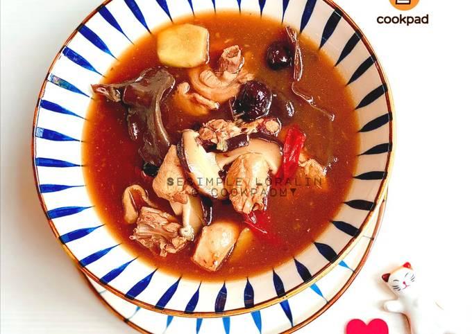 Sup Ayam Shitake