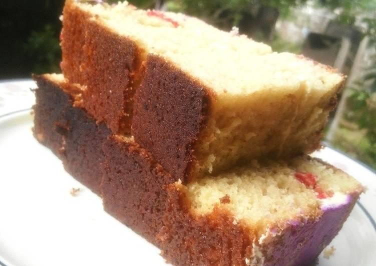 Moist sponge cake