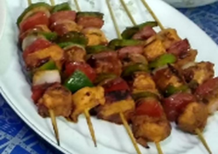 Recipe of Any-night-of-the-week Chicken shashlik sticks