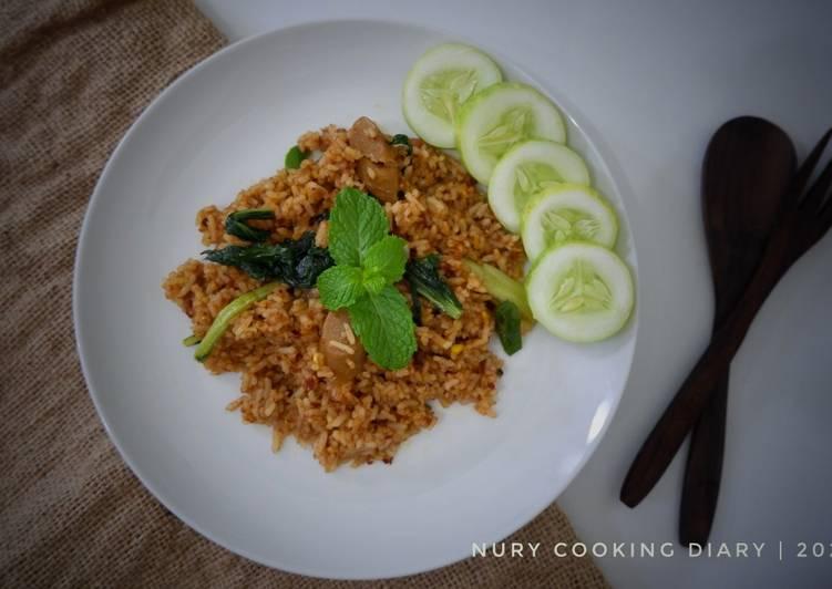 Nasi Goreng Kornet saus barbeque (kornet, sosis, sayur)