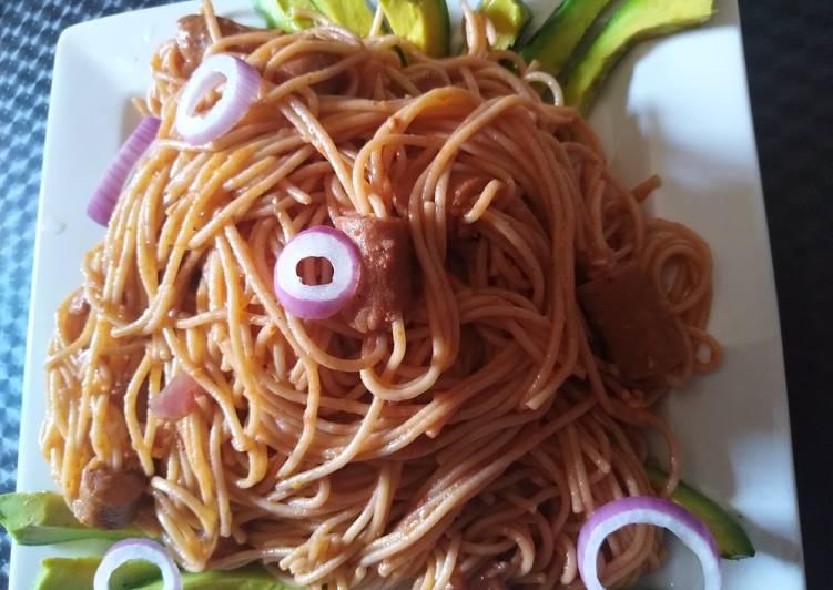 Spaghetti with smoked chicken sausage and avocado
