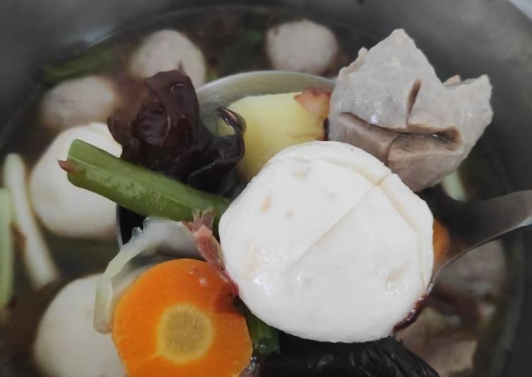 Kimlo / Sop Bakso Kuah Tumis Ebi