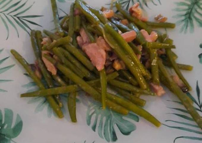 Haricots verts aux lardons et champignons