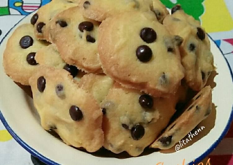Cara Gampang Membuat Chocochip Cookies, Enak