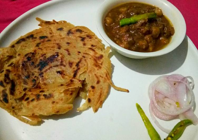 Step-by-Step Guide to Make Favorite Amritsari chole with lacha paratha