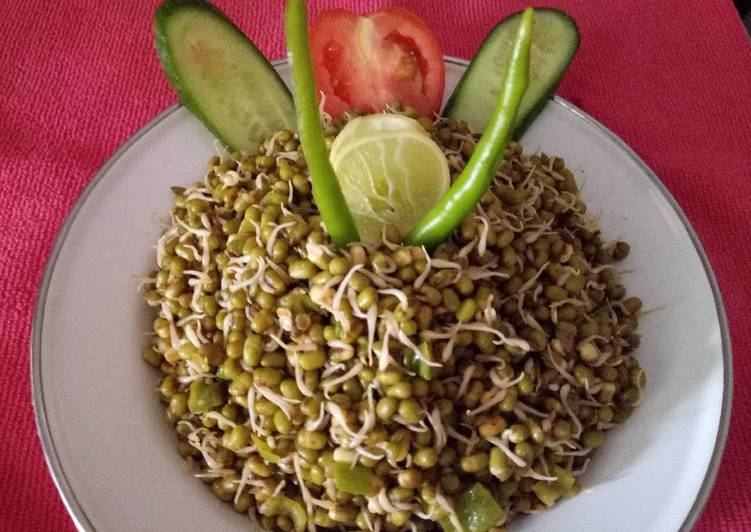 Healthy moong sprouts for breakfast