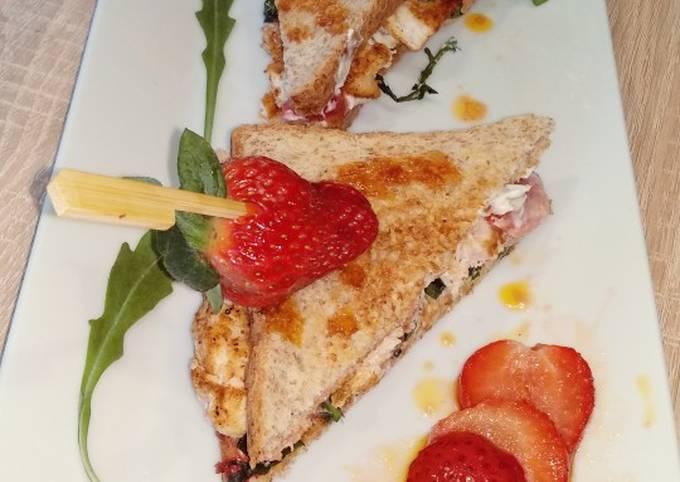 Rezept Um Superschnelle Hausgemachte Erdbeer - Hähnchen Sandwich zu machen