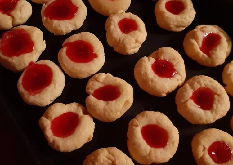 Cookies Selai Strawberry/Thumbprint (Teflon + Takaran Sendok)