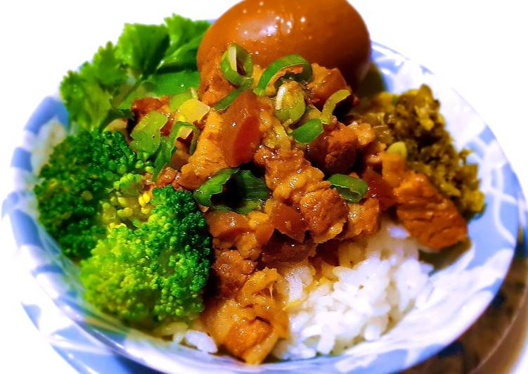 Living Greener for Better Health By Eating Superfoods Minced pork rice (lo-bah-png)