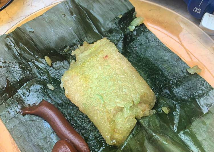 Filipino Food Series: Lola Sayong's Suman w/ Coconut Jam (Traditional Glutinous Rice Cake)