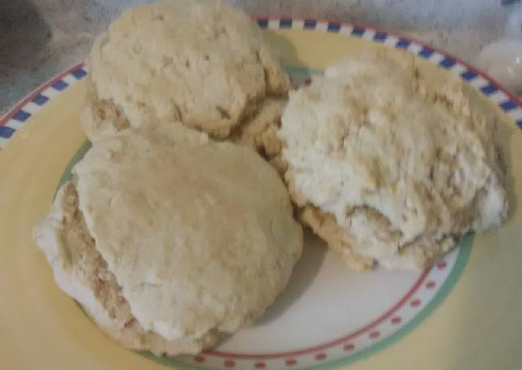 "How to Prepare Award-winning Vegan ""Buttermilk"" Biscuits"