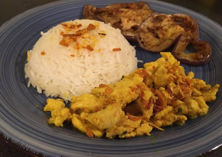 Ricetta Pollo marinato allo yogurt e spezie con riso basmati e melanzane alla piastra