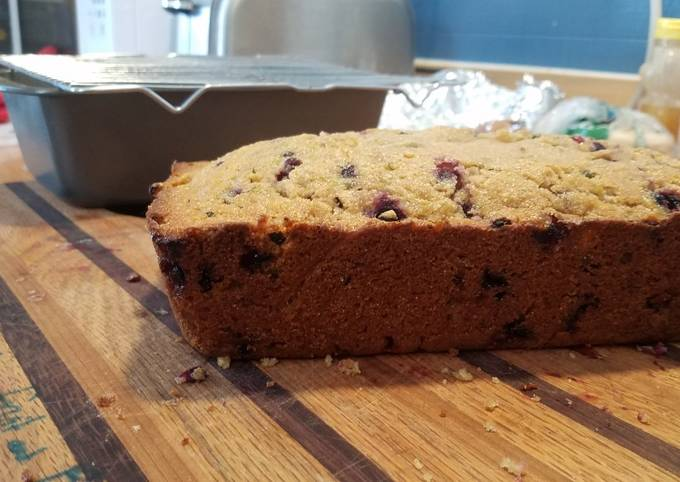 Whole wheat honey zuccini bread (with huckleberries or bananas)