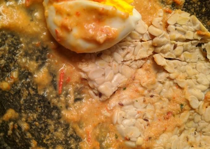 Tempe Telur Kukus Sambel Kemiri Sehat Rendah Kalori