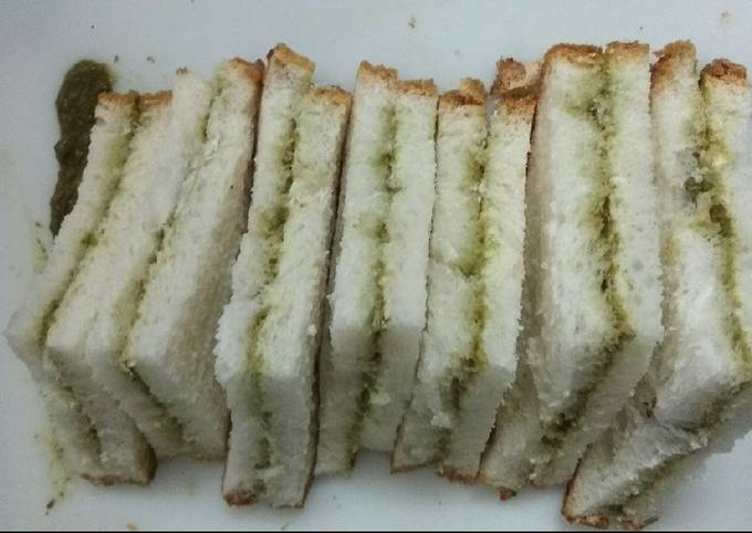 How to Prepare Perfect Green Chutney Cold Sandwich