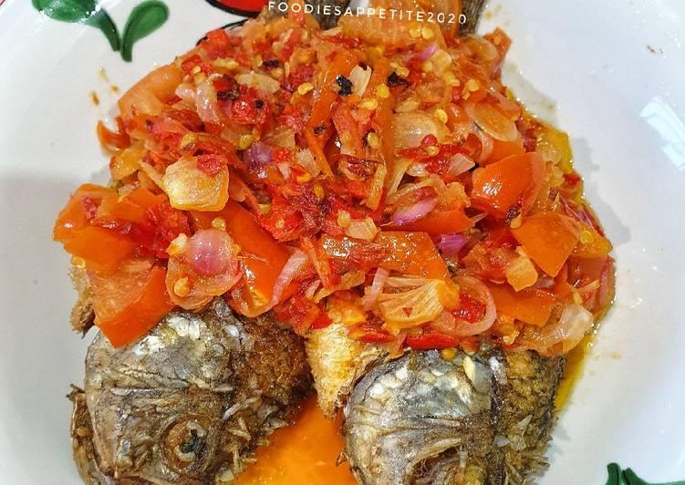 Ikan Goreng Dabu-Dabu Lemong