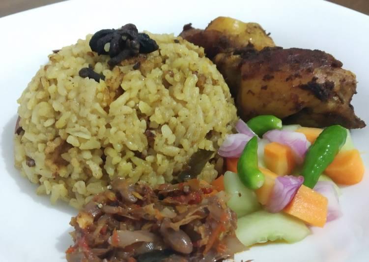 Resep Nasi Kebuli Ayam Bumbu Gule Praktis yang Menggugah Selera