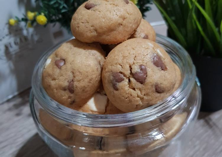 2. Chewy and Soft Chocochips Cookies