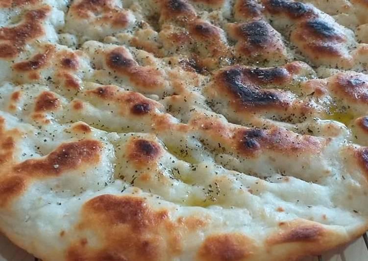 Ricetta Focaccia Veloce Gluten Free Cotta in padella