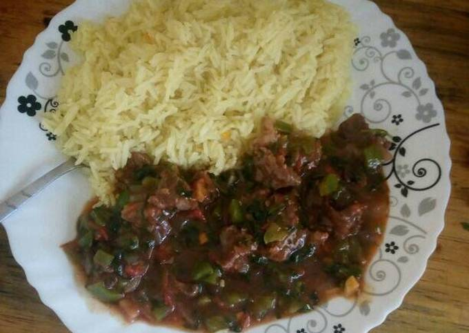 Beef served with stemed rice