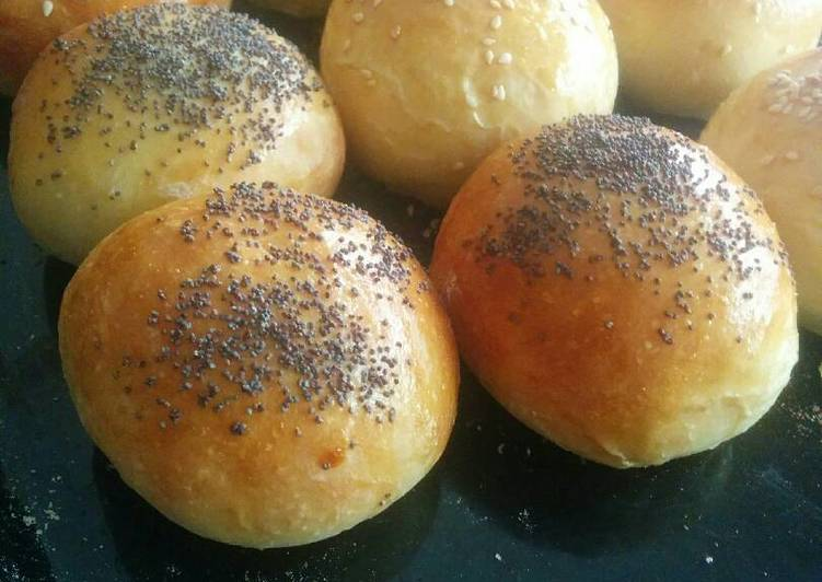 The BEST Hamburger Buns