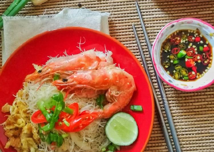 Resepi:  Bihun goreng Singapore #phopbylinimohd#batch20  Termudah