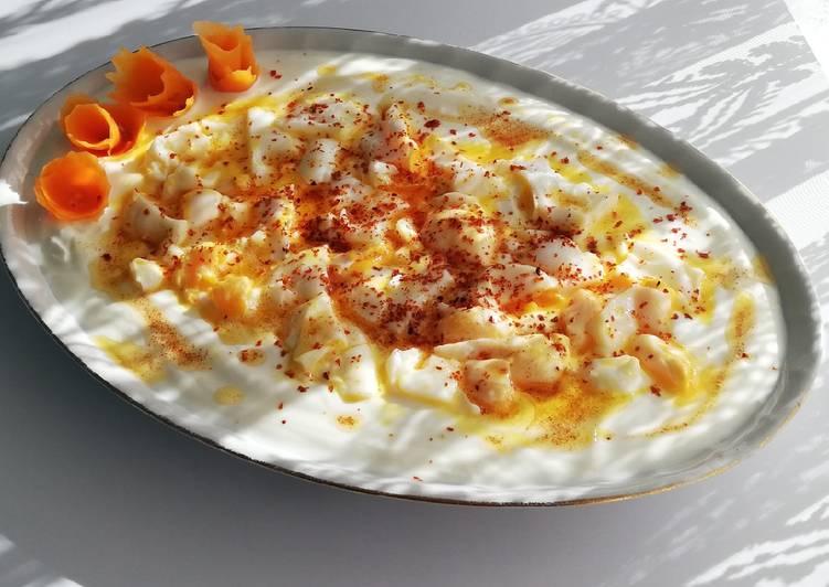 Oeufs pochés au yaourt
