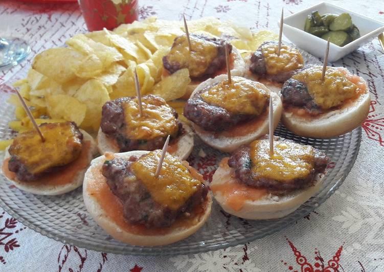 Mini Hamburguesas Con Cebollino Y Eneldo Receta De