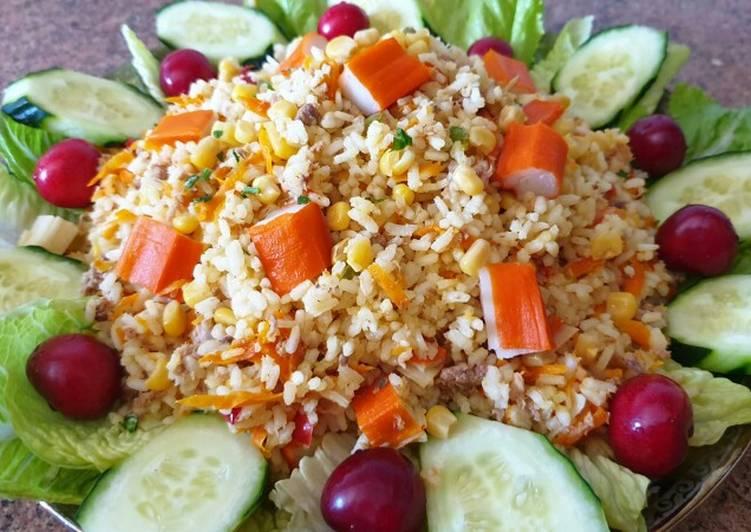 Ensalada de arroz rica, saludable y fresca