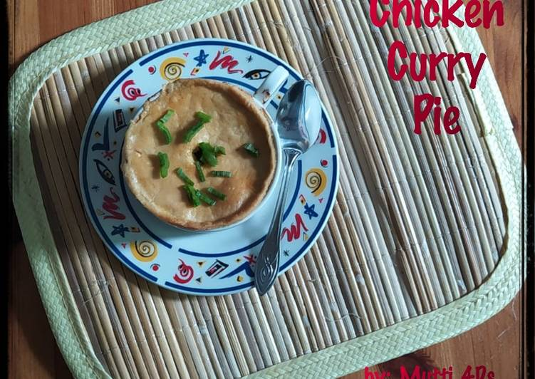 Thai Chicken Curry Pie (Pai Kari Ayam Thailand)