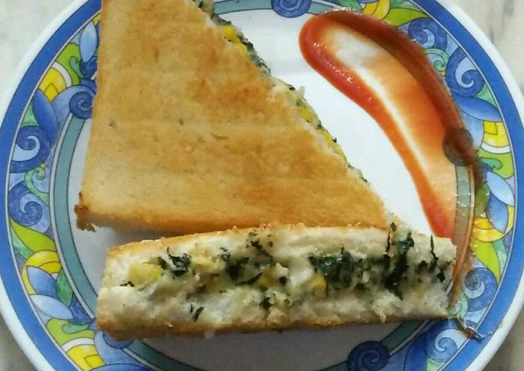 Discover How to Elevate Your Mood with Food Spinach paneer sandwich