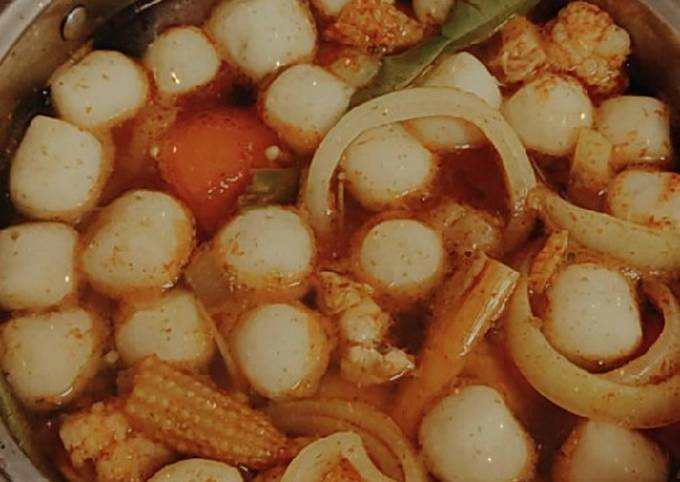 Tomyam Ayam & Fishball