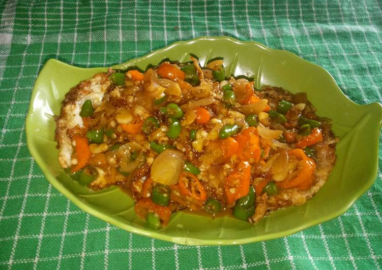 Easiest Way To Cook Tasty Telur Ceplok Bumbu Kecap Pedas