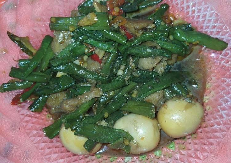 Langkah Mudah untuk Menyiapkan Oseng kacang ayam telur puyuh Anti Gagal