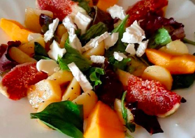 Ensalada de patata y frutas