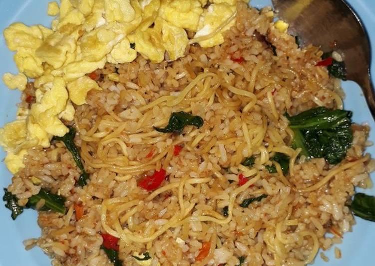 Magelangan/Nasi Goreng Mawut