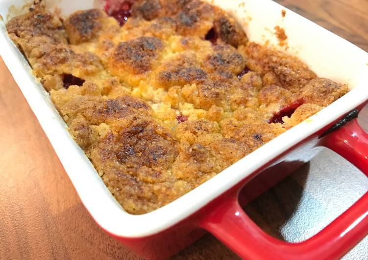 Pear, Banana & Raspberries Crumble
