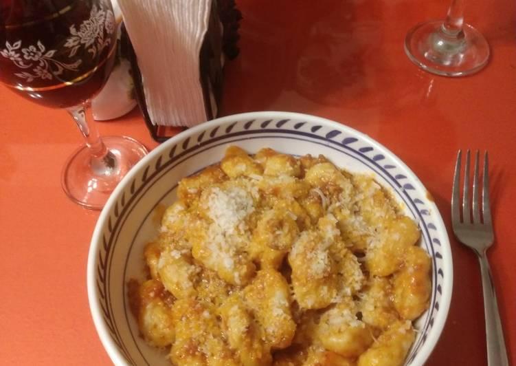 Gnocchi (from scratch!)