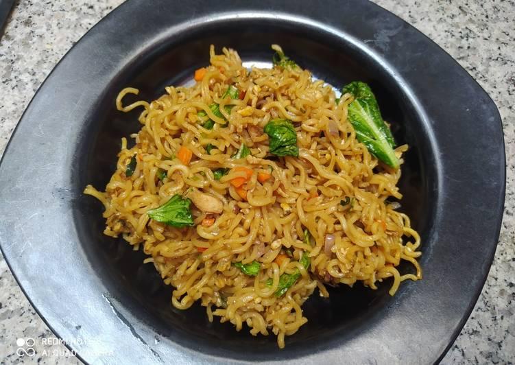 Resep Indomie goreng ayam spesial enak simpel Terenak