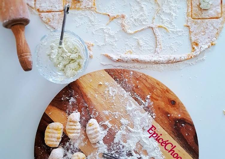Recipe: Yummy Gnocchis au fromage ail et fines herbes