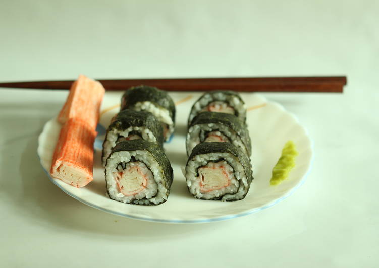 How to Prepare Favorite Sushi Roll