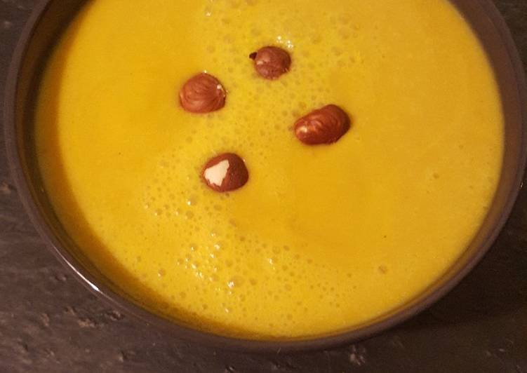 Velouté carotte-butternut-coco