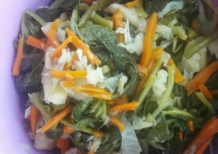 How to Prepare Homemade Vegetables salad